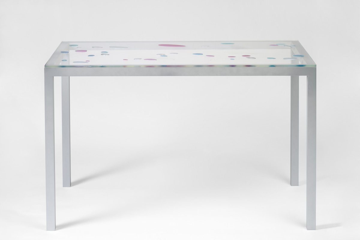 Flavie Audi I-Land desk